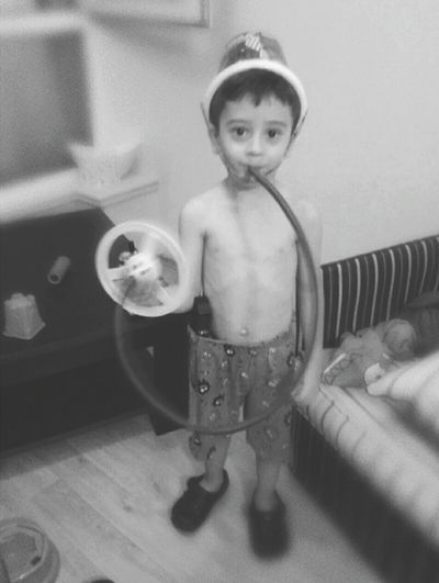 Thats my crazy boy... Boy Child Crazyboy Mycrazyson ILOVEMYSON EyeEm EyeEm Best Shots Photo Photooftheday