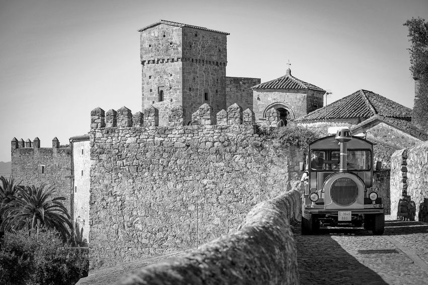 Trujillo Spain. EyeEm Selects #ignafotos #bnw_ignafotos Bnw_friday_eyeemchallenge Arquitecture Medieval Architecture Cáceres Blackandwhite Bnw_collection Arquitecturas History Architecture Building Exterior Sky Built Structure