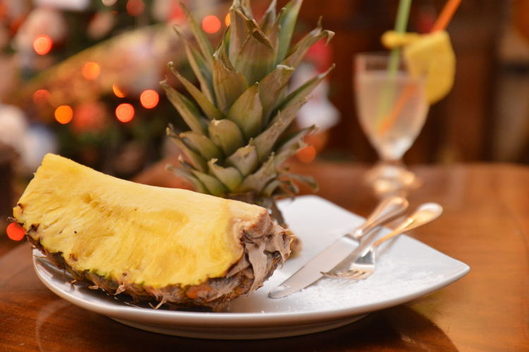 ananas e cocktail Christmas Plate Celebration Food And Drink Winter Indoors  Christmas Tree No People Dessert Food Sweet Food