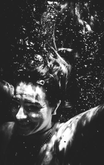 Swimming One Person Portrait Lifestyles Real People Underwater Headshot Sea Leisure Activity Water Front View Close-up Nature UnderSea Bubbles Lights And Shadows Lights In The Dark underwater photography Blackandwhite Black And White Black And White Photography Hairstyle Smiling Happiness Floating On Water Capture Tomorrow International Women's Day 2019