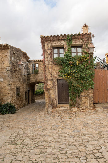 Catalonia Country Girona Rural SPAIN Abandoned Architecture Building Exterior Built Structure Cloud - Sky Day Farmhouse House Medieval No People Old Outdoors Peratallada Residential Building Sky Tree