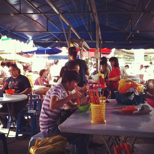 A nice place for noodles in the morning Ss2 Petalingjaya Market Friday
