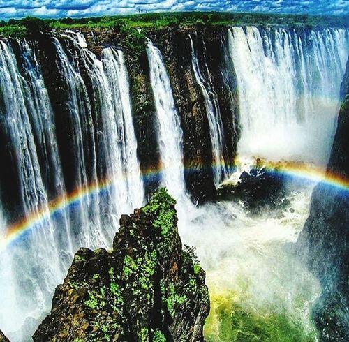 Victoriafalls Nature Photography EyeEm Best Shots Beauty Alluring  Beautiful Fall Beauty Rainbow Eye4photography  Rainbow Colors Zimbabwe Mesmerizing Amazing View EyeEm Nature Lover Eyeen Best Shots EyeEmBestPics Hello World
