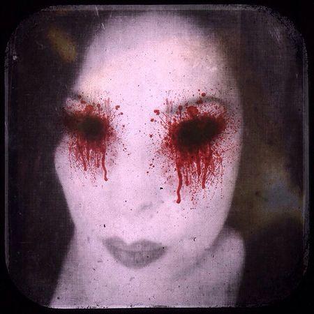 Look Into My Eyes... NEM Self Dark Portrait Selfportrait Open Edit Self Portrait Vampires And Werewolves Dark Edit Darkart Goodnight Darkness