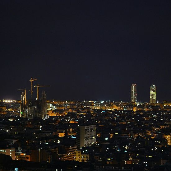 Nikonphotography Barcelona, Spain NikonD3100 Night ✌ Hello World Parc Guell Antoni Gaudí Luces Y Sombras Enjoying Life Walking Around panoramica de barcelona desde el parc guell.