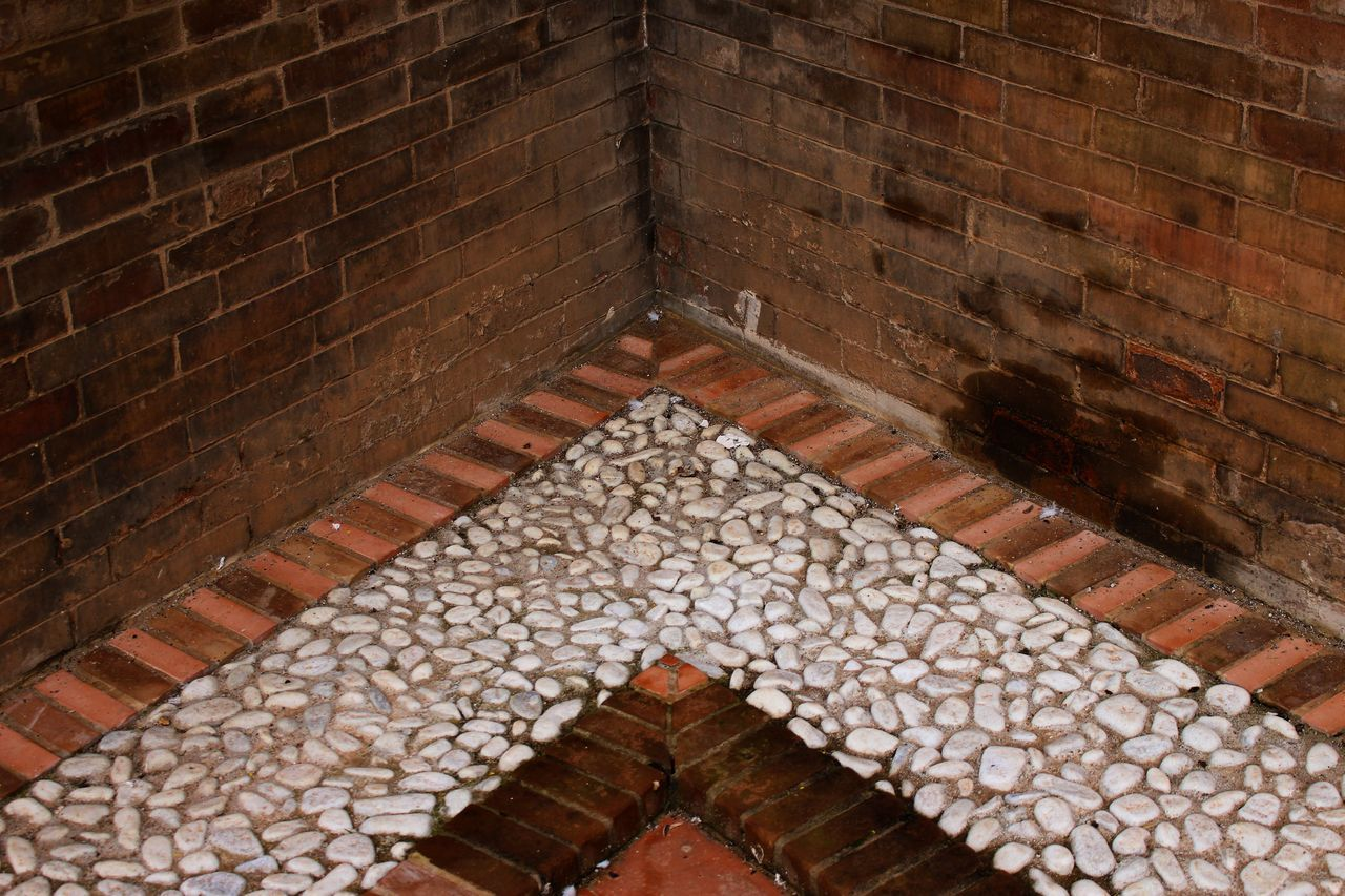 brick wall, architecture, high angle view, built structure, pattern, day, indoors, no people