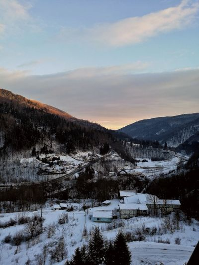 Winter Cold Temperature Snow Mountain Landscape Beauty In Nature Nature Travel Destinations Sky Frozen Land Cloud - Sky EyeEm Gallery Roomwithaview Breathtaking Admiring The View View From The Balcony Happy Day EyeEm Best Shots EyeEmNewHere