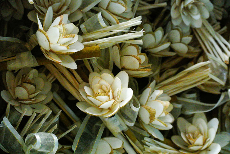 Thai traditional sandalwood flower. Respect Riligion Sandalwood Flower Artificial Flowers Backgrounds Beauty In Nature Believe Burn Close-up Cremation Day Flower Flower Head Fragility Fragrance Funeral Funeral Ceremony Handcraft Inflorescence No People Petal Sandalwood Temple Thai Traditional White Color