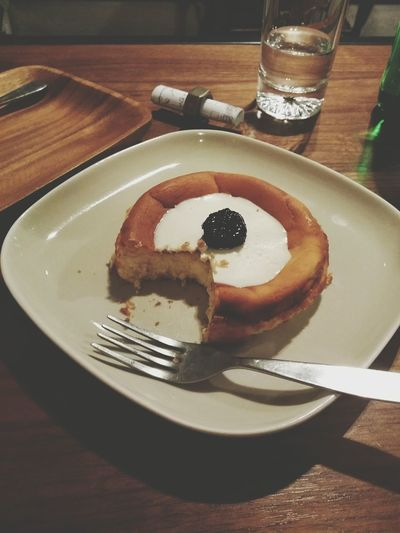 Have A Nice Weekend Dilicious Cheese Cake Take A Break Alone Time Enjoy Eating Sweet Night Life Food Photography