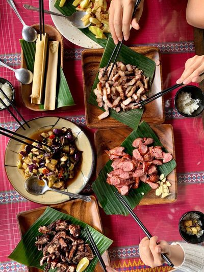 Chopsticks ShotOnIphone From Above  Table Setting Taiwanese Food Taiwan Ali Mountain Food Food And Drink Table Human Hand High Angle View Indoors  Freshness One Person Wellbeing Hand Ready-to-eat Still Life Plate Meal Directly Above Healthy Eating Holding Human Body Part Eating Utensil