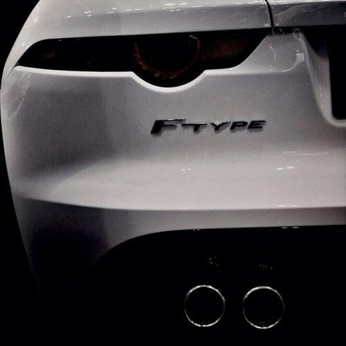 F-TYPE 福岡モーターショー JAGUAR F-type