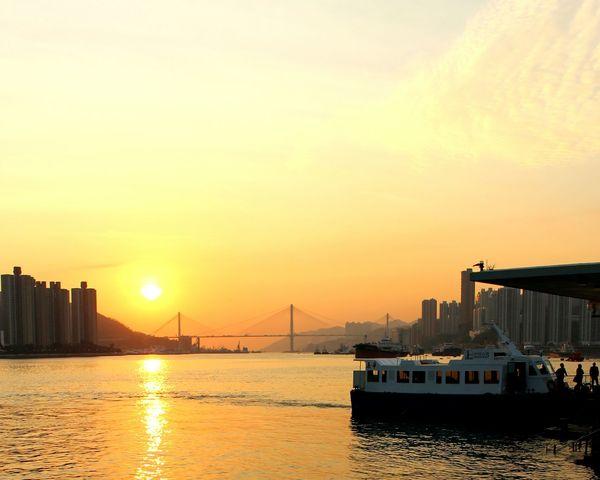 2015 Life In Hong Kong · Seaside Enjoying The Sun Sunset Yesterday Tsuenwan Hong Kong Eye4photography  Photooftheday Lovelife
