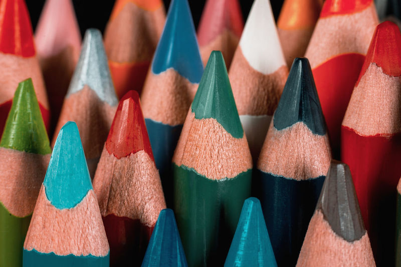Colored Pencils Colored Pencils Colorful Colors Group Education Wood Creative Wooden Equipment School Supplies Close Up Vibrant Artistic Black Background Pencil Pencils No People Concept Blue Red Orange Green White Color Colored Pencil Multi Colored Large Group Of Objects Art And Craft Close-up Choice Indoors  Writing Instrument Creativity Craft Vibrant Color Art And Craft Equipment Green Color Selective Focus