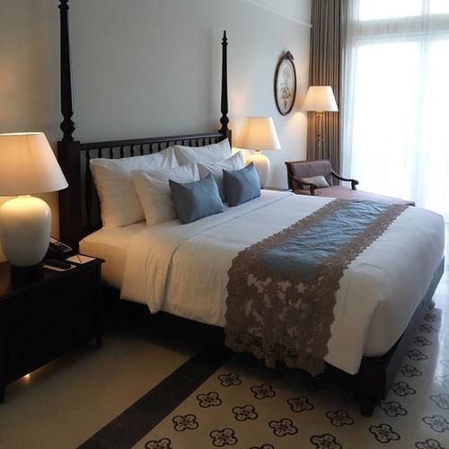""""""" You know you're in love when you can't fall asleep because reality is finally better than your dreams"""" - Dr. Seuss Sleep Quotes Bed Bedroom Bedandbreakfast Roomwithaview Rumahluwih Fancy Colonial Style Deluxe"""