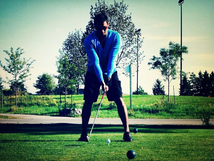 Scratch Being Tiger Woods