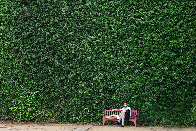 Couple Green Green Wall Love