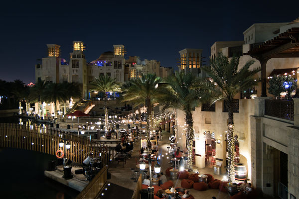 Souk Madinat Jumeirah Architecture Building Exterior Built Structure City Cityscape Dubai Illuminated Jumeirah Madinat Madinatjumeirah Music Night Nightlife Nightphotography No People Outdoors Palm Tree Sky Souk Tree