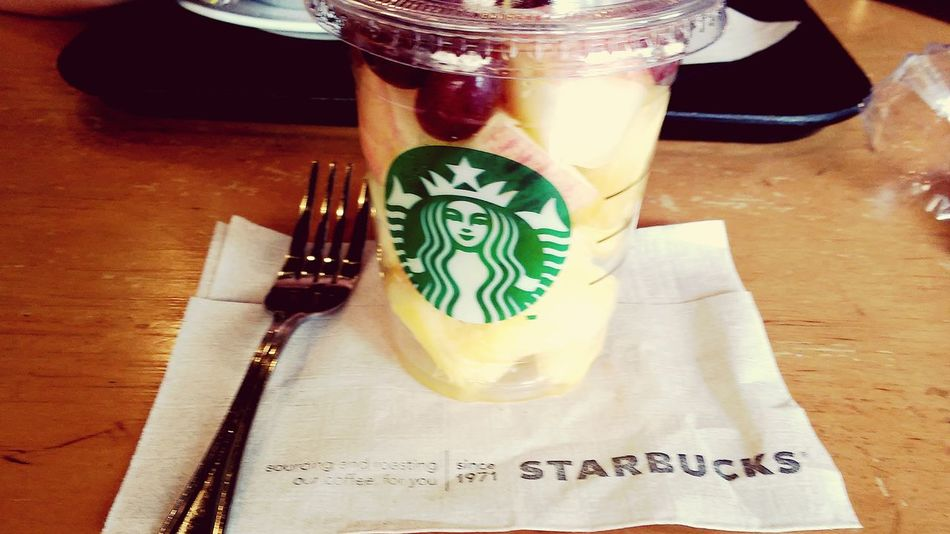 Starbucks With Friends In My Mouf Eat More Fruit Fresh Fruits Lovinit Yummylicious Tropical Fruits