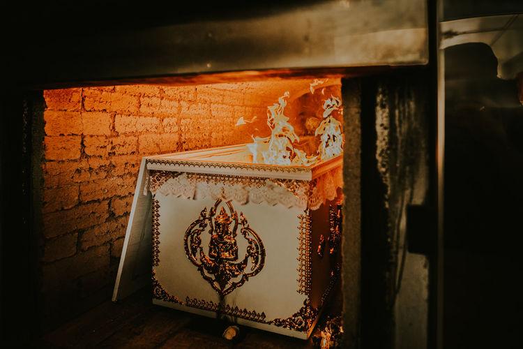 Thailand Buddist Close-up Day Die Human Representation Indoors  No People ชาปนกิจ เตาเผา เผา เมรุ โรงศพ โรจนวิทย์การภาพ