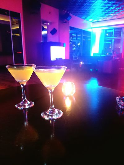 Marina Nightlife Night Lights Dubaimarina Ladiesnight Blends Candlelight Alcohol Drinks Applemartini