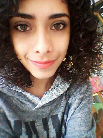 Taking Photos Hi! That's Me Curly Hair Love♡ First Eyeem Photo Brown Eyes Eyes Faces Of EyeEm Relaxing