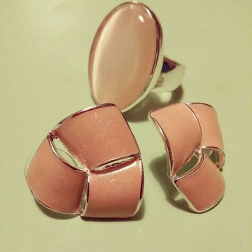 Ring und Ohrringe heute ergattert bei Orsay Rosa schmuck