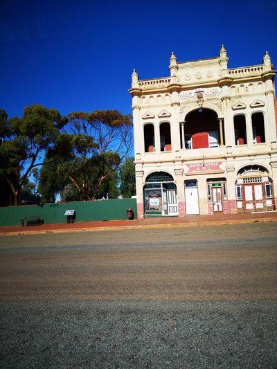 Racing through Coolgardie. Quick Shot Drivebyphotography Coolgardie WesternAustralia Western Australia City Sky Architecture Historic Clear Sky Building