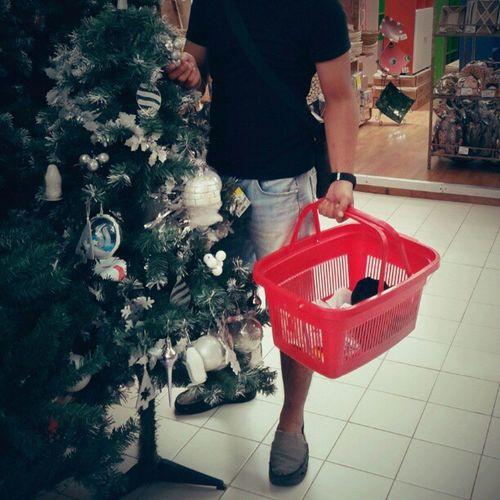 Beli Perlengkapan Natal Shopp Basket Red Natal Instagram Carrefour SunsetRoad Denpasar