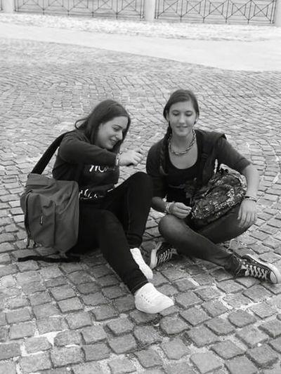 RePicture Friendship cadere e poi rialzarsi...piangere e poi sorridere 😘❤👥 Veryfriend