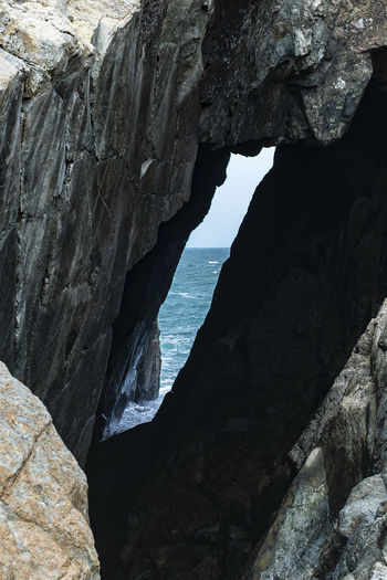 Hong Kong Sea Cave Rock - Object Landscape Horizon Over Water Ocean