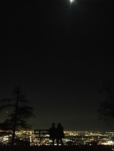 Enamorados Silhouette Night Illuminated Two People Togetherness Outdoors Real People