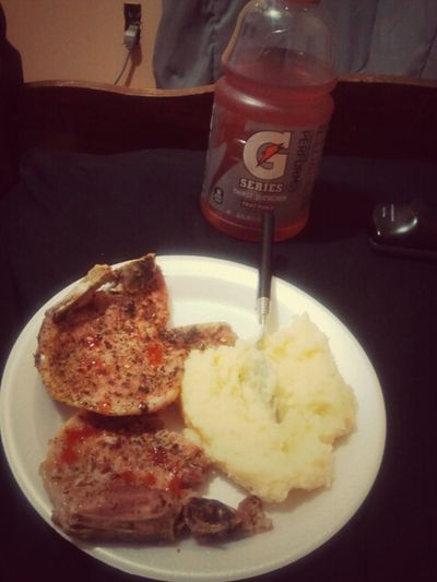 Can He Cook For You Roasted Garlic Potatoes Chef Boy-ar-Swayz Baked Porkchops