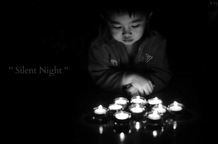Showcase: December Black&white © Bong Astrologo