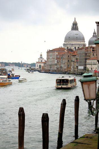 Santa maria della salute in grand canal against sky