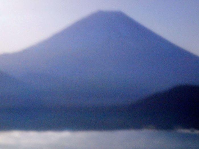 2018.10.22 #富士山 #本栖湖 #中の倉峠 #ピンホールカメラ ピンホールカメラ 中の倉峠 本栖湖 富士山 Blue No People Full Frame Backgrounds Day Nature Beauty In Nature