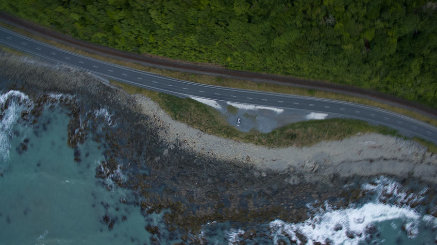 kaikoura coastline vertical view by drone camper serpentines Aboutpassion Blurred Motion Camper Car Curve Day Environment High Angle View Highway Land Mode Of Transportation Motion Motor Vehicle Nature No People Outdoors Plant Road Transportation Travel Vanlife Water