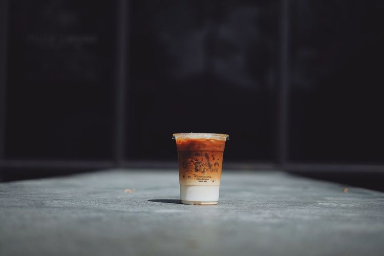 Cafe Coffee Coffee - Drink Cup Disposable Disposable Cup Drink Drinking Glass Food Food And Drink Freshness Glass Household Equipment Indoors  No People Refreshment Selective Focus Single Object Still Life Table
