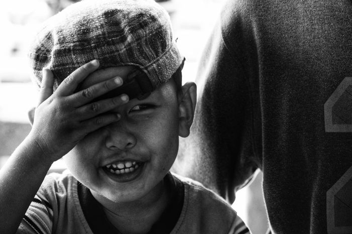 Headshot Two People Close-up Child Portrait Boys Real People Togetherness Face Kid Ilustration Monochrome Blackandwhite Human Eye Human Body Part Childhood Children Only Close Up Smile Smiling Laugh Cute Human Face