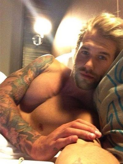 Morning Perfect Muscles One Man Only Close-up Portrait Handsome Beautiful Man Man Machine Humour Is Good For The Soul Indoors  Pleasures Of Life Pectoralis PEC