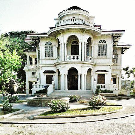 OldMansion Mansionhouse Golden Hour Golden White Spanish Style