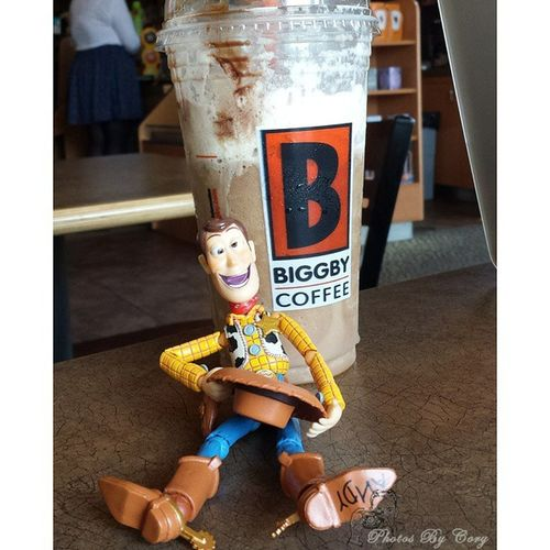Someone can't hold his caffeine. Newtoys Revoltechwoody Biggby Coffeeordeath Nocoffeenoworky