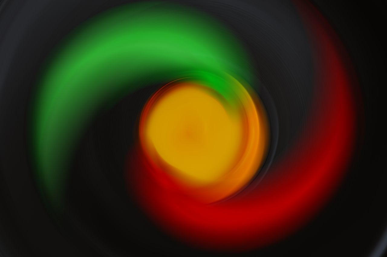 photography themes, abstract, close-up, circle, no people, backgrounds, geometric shape, photographic equipment, shape, camera, indoors, full frame, pattern, digital camera, technology, design, red, multi colored, green color, camera - photographic equipment, abstract backgrounds