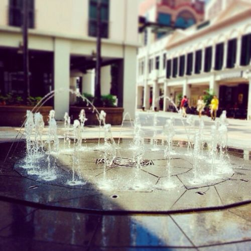 Fountain of bugis juction small yet entertaining Conservewater Easter Sundaymorning