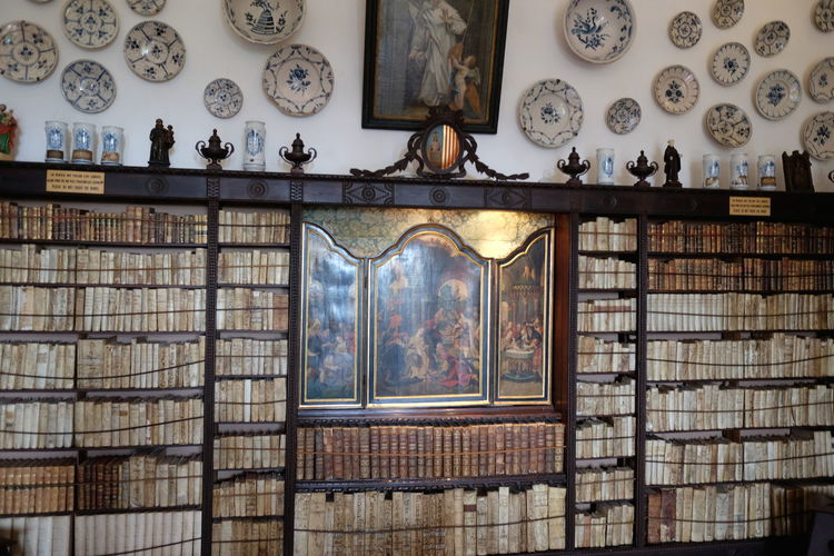 Library Book Shelves (books 15th & 16th century), Prior's Cell, Valldemossa Monastery 15th Century 16th Century Books Composition Learning Mallorca Monastery SPAIN Spirituality Tourist Attraction  Valldemossa Valldemossa Monestary Ancient Books Book Shelves Close-up Full Frame History Indoor Photography No People Old Books Plates Priory Religion And Beliefs Shelves Travel Destination