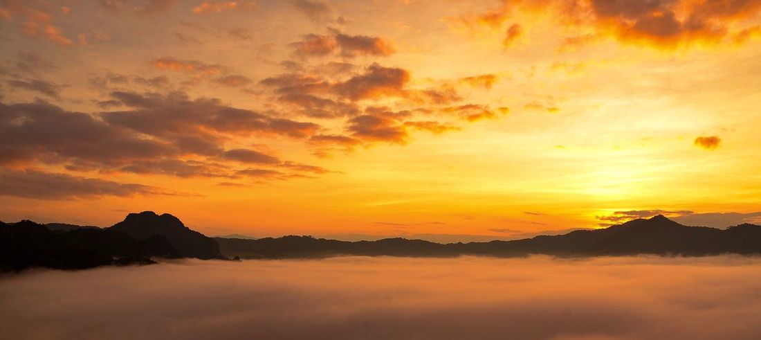 Sun rise Sunset Sky Cloud - Sky Beauty In Nature Scenics - Nature Tranquility Tranquil Scene Orange Color Idyllic Dramatic Sky Environment Nature Silhouette No People Mountain Landscape Water Outdoors Sunlight Sun