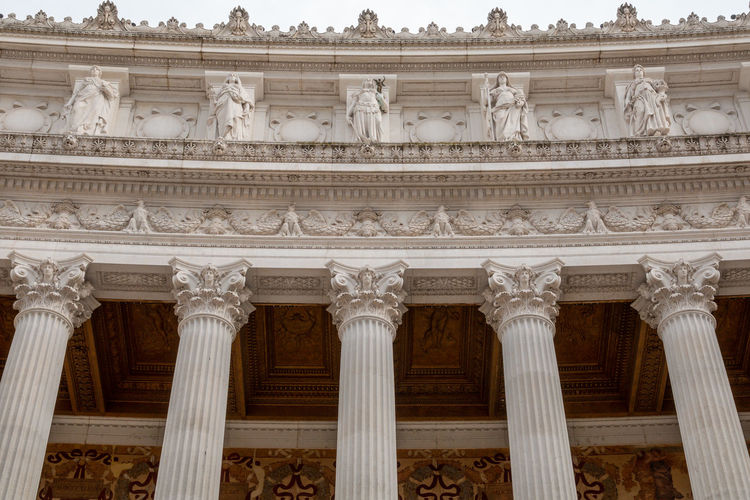 Architecture Built Structure Architectural Column Building Exterior The Past History Travel Destinations No People Low Angle View Government Tourism Travel City Craft Carving - Craft Product Neo-classical Nature Side By Side Ornate Courthouse Carving Architecture And Art