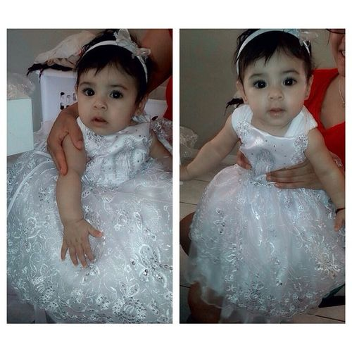 She trying on her Baptism Dress 🙏💕🙊! Aww Bonita Besos 😘.. She's can't wait 💕👌! Can't wait for that special day of hers 😌💕! Baptism Party 🍻💯👌 Sobrina DeleyzaMarisolCoronel 💕 FamiliaTime Coronel Montoya 💯💀 Cantwait Oct25 2014 ❤️🙏