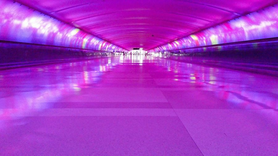 Violet By Motorola Chicago Architecture Airport Terminal Tunnel