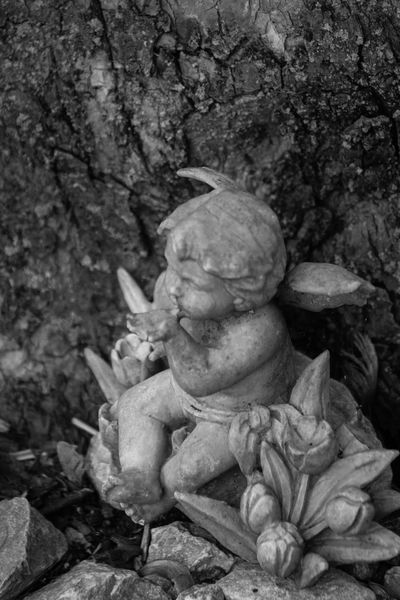 Angel kisses Angel Blackandwhite Blowing Kisses Cherub Garden No People Outdoors Statue