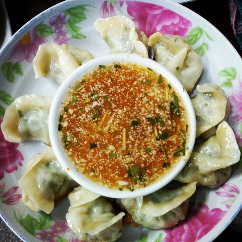 Momo(Nepal), Dumpling(English), ဖက္ထုပ္(Myanmar) Momo Dumpling  Myanmar Burma Mandalay Myanmarfood Myanmarcuisine Food Nepalesefood Nepalesecuisine Igers Igersmyanmar Igersmandalay
